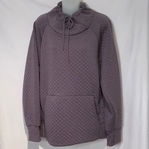 Green Tea quilted lilac pullover.